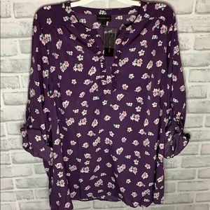 💜BRAND NEW 💜Purple flower blouse